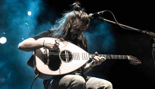 Ο Γιάννης Χαρούλης για μια μοναδική συναυλία στη Θεσσαλονίκη | Pagenews.gr