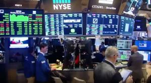 Wall Street: Μίνι «κραχ» – Ο Dow Jones έκλεισε με πτώση 831,83 μονάδων | Pagenews.gr