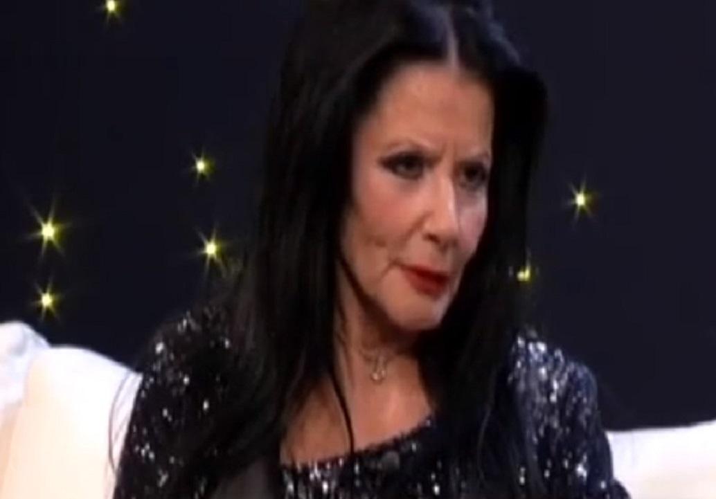 Ζωζώ Σαπουντζάκη: Δύσκολες ώρες για τη γνωστή ηθοποιό | Pagenews.gr