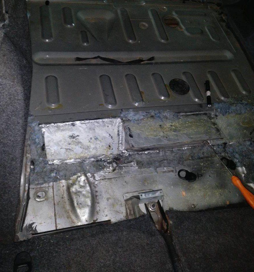 Ο σκύλος αποκάλυψε τους «εγκέφαλους» κυκλώματος ναρκωτικών (pics)   Pagenews.gr