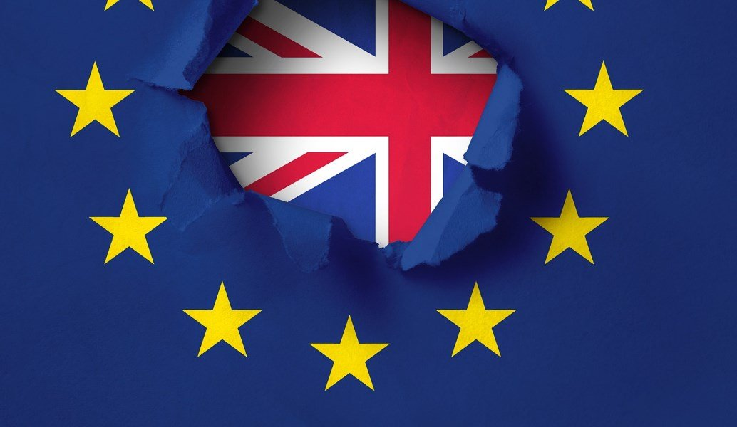 Brexit: Ο Τζόνσον απαιτεί ένα «πλήρες Brexit» – Δημοψήφισμα θέλουν οι αντίπαλοι | Pagenews.gr