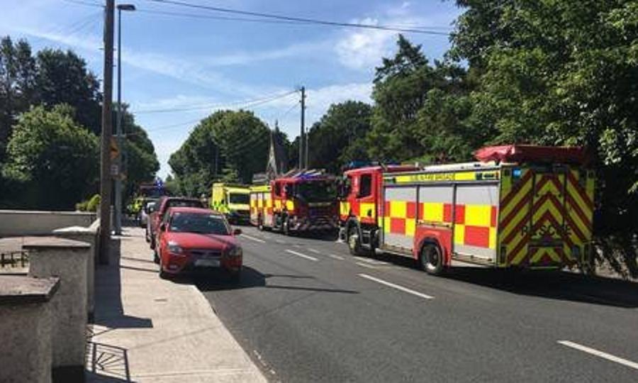 Αυτοκίνητο έπεσε πάνω σε πεζούς στο Δουβλίνο (pics)   Pagenews.gr