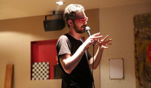 Δημήτρης Χριστοφορίδης στο pagenews.gr: «Ο κωμικός ηθοποιός δεν έχει ρόλο, υποδύεται τον εαυτό του» | Pagenews.gr