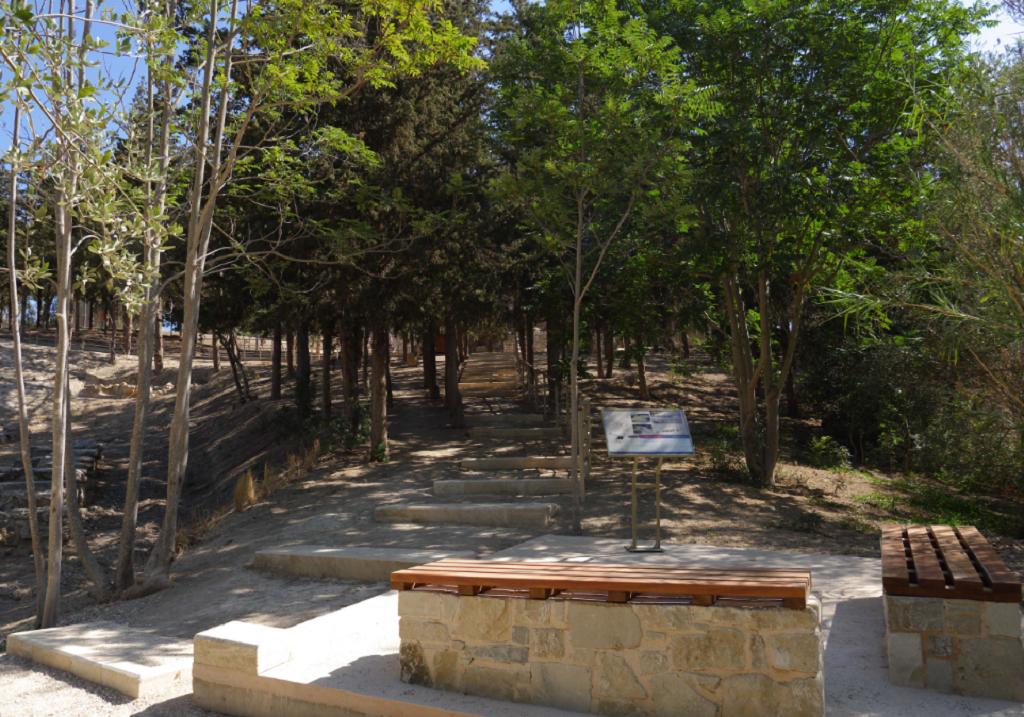 «Λαοθάλασσα» τουριστών στο Ανάκτορο της Κνωσσού | Pagenews.gr
