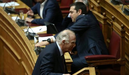 Ένωση Κεντρώων: Σπόντα στην κυβέρνηση για τα «πανηγύρια» – «Ας δουν τους όρους της εξόδου» | Pagenews.gr