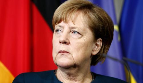 Μέρκελ: Χρειάζεται λύση για το προσφυγικό – Αναζητεί βοήθεια από Ιταλία και Ελλάδα | Pagenews.gr
