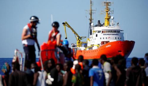 Ισπανία: Στη Βαλένθια μετανάστες που διασώθηκαν από το Aquarius | Pagenews.gr