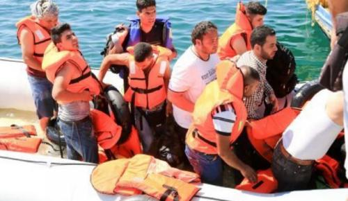 Λιβύη: Πνίγηκαν 60 μετανάστες μετά από βύθιση φουσκωτού | Pagenews.gr