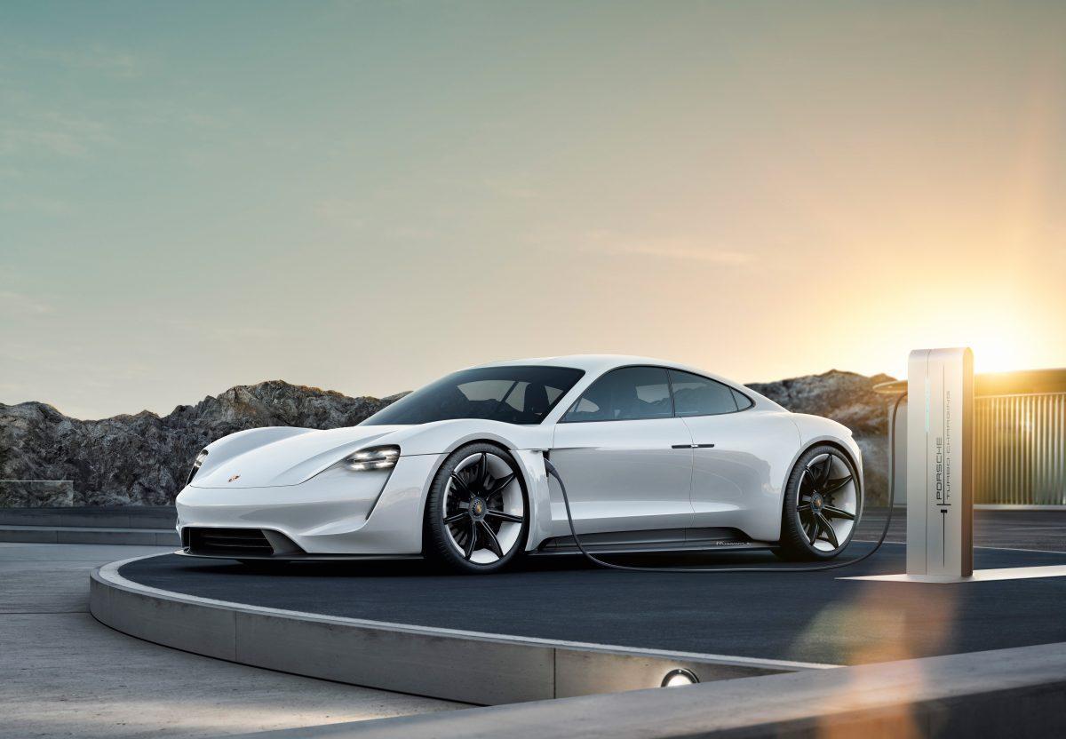 Mission E: Το πρώτο πλήρως ηλεκτρικό της Porsche | Pagenews.gr