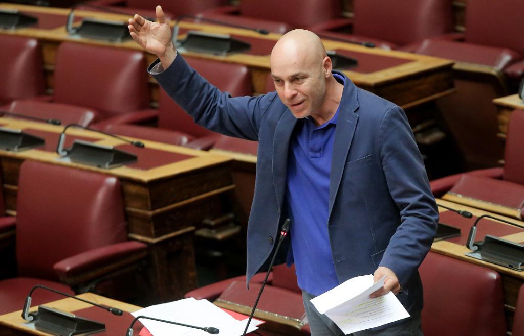 Σοβαρές καταγγελίες Αμυρά για «χρυσούς» μισθούς στο Υπερταμείο | Pagenews.gr