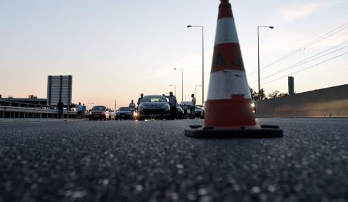 Αττική Οδός: Ληστεία στα διόδια – Κουκουλοφόροι απείλησαν υπάλληλο | Pagenews.gr