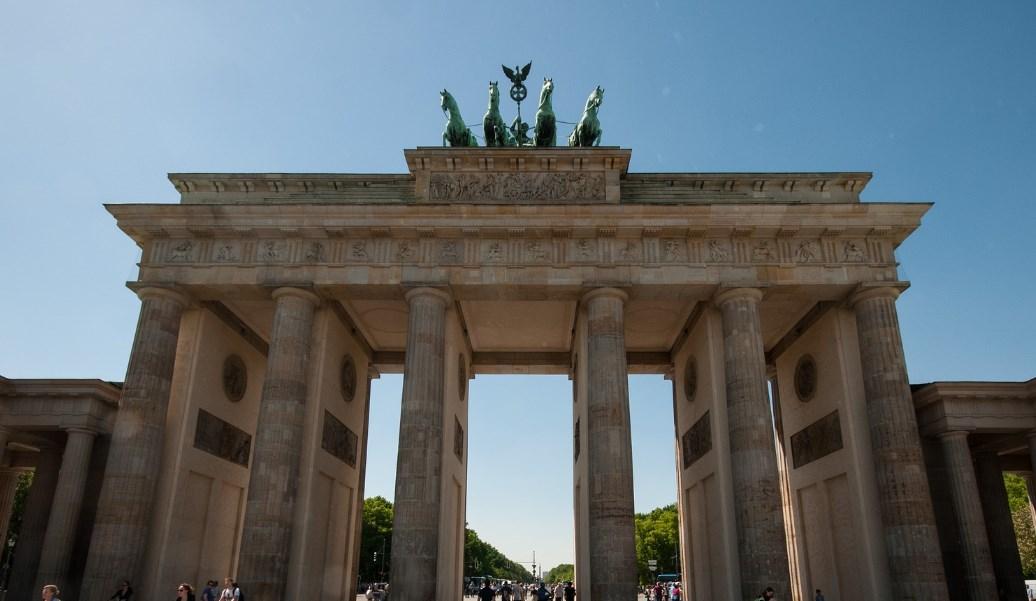 Το Βερολίνο χαιρετίζει «εμφατικά» την συμφωνία Αθήνας-Σκοπίων | Pagenews.gr