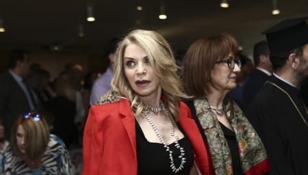Έλλη Στάη: Η απάντησή της στα αρνητικά σχόλια που δέχτηκε για την εμφάνισή της στο γάμο του γιου της | Pagenews.gr