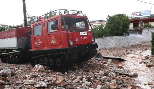 Μάνδρα τώρα: Κατακλυσμός και πάλι – Έκλεισε η Εθνική οδός | Pagenews.gr
