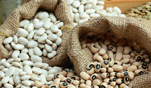 Η συνταγή της ημέρας: Φασόλια μαυρομάτικα σαλάτα | Pagenews.gr