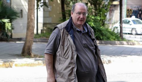 Φίλης: Άγριο κράξιμο στην κυβέρνηση για το πολυνομοσχέδιο | Pagenews.gr