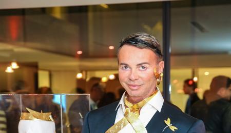 Γαβαλάς: Το καπέλο του στον γάμο Ρέμου – Μπόσνιακ που «σκέπασε» τον ουρανό | Pagenews.gr
