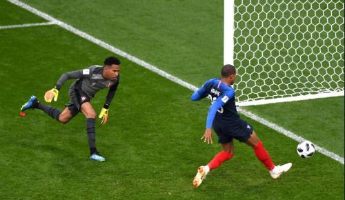 Μουντιάλ 2018: Γαλλία – Περού 1-0 | Pagenews.gr