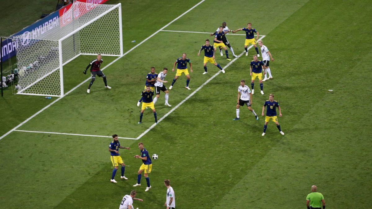 Η απίστευτη φωτογραφία από τον πάγκο της Γερμανίας τη στιγμή του γκολ (pic) | Pagenews.gr