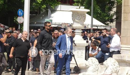 Παύλος Γιαννακόπουλος: Στη Μητρόπολη και ο Γιώργος Βαρδινογιάννης (pic)   Pagenews.gr