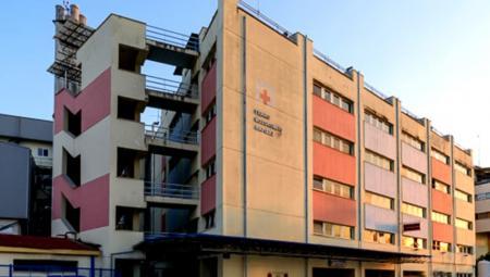«Βουτιά» θανάτου για γνωστό επιχειρηματία στο Γενικό Νοσοκομείο Λάρισας | Pagenews.gr