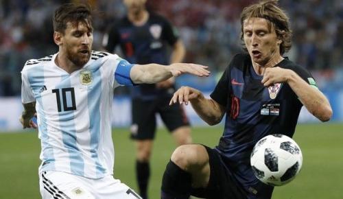 Μόντριτς: «Απίστευτος ο Μέσι, αλλά δεν μπορεί να τα κάνει όλα μόνος του» | Pagenews.gr