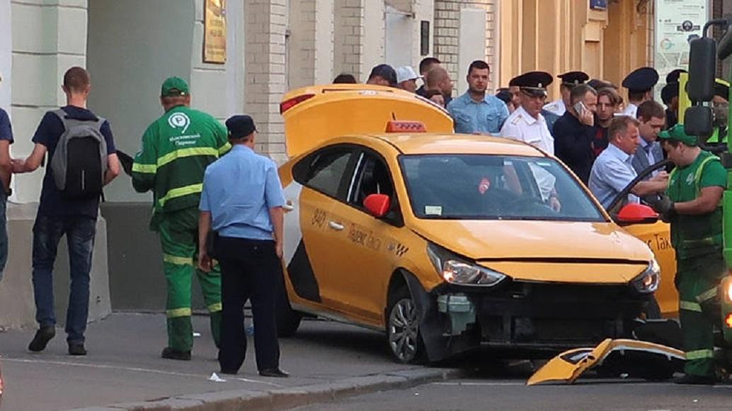 Μόσχα: Εξιτήριο για τρεις από τους τραυματίες που παρέσυρε το ταξί   Pagenews.gr