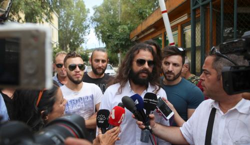 Μπαρμπαρούσης: Αφέθηκε ελεύθερος μετά την απολογία του   Pagenews.gr