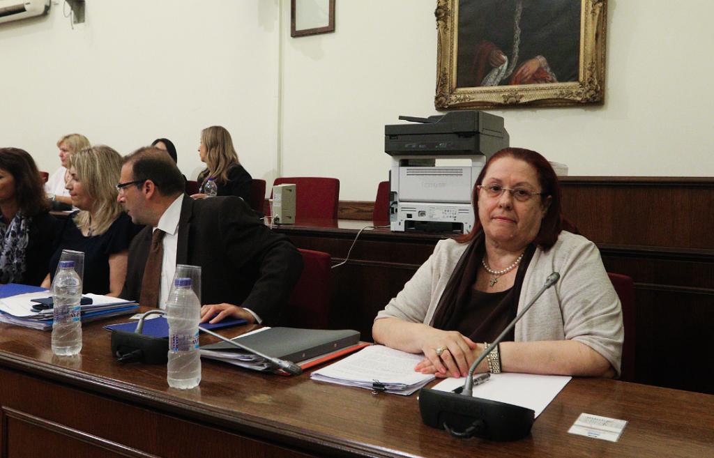 Χάος στη Βουλή για ΚΕΕΛΠΝΟ και Novartis – Σοβαρές καταγγελίες από Παπασπύρου | Pagenews.gr
