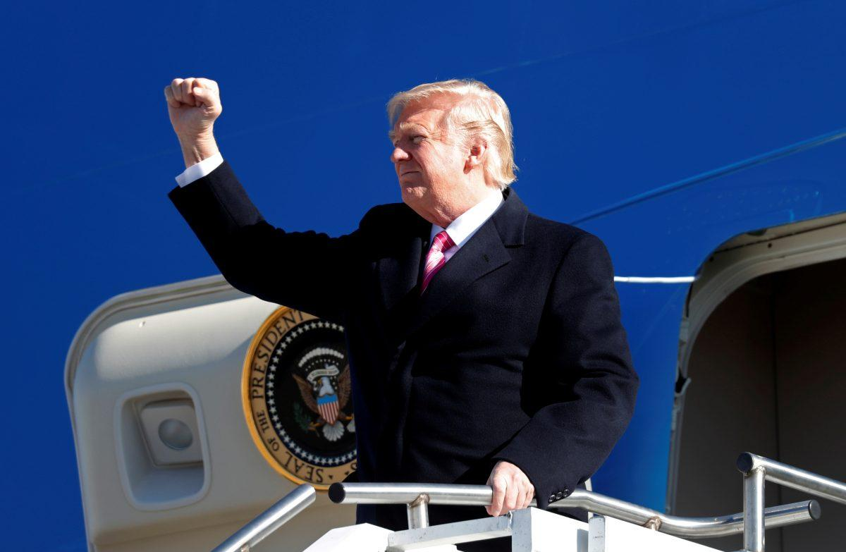 Ντόναλντ Τραμπ: Κλιμακώνει τον εμπορικό πόλεμο ΗΠΑ – Κίνας | Pagenews.gr