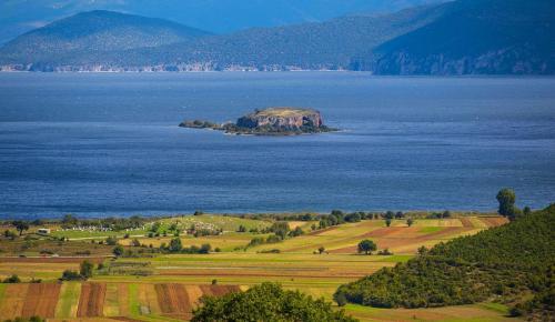 Πρέσπες: Πηγή πλούτου, ζωής και πολιτισμού | Pagenews.gr