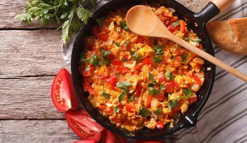 Η συνταγή της ημέρας: Στραπατσάδα | Pagenews.gr