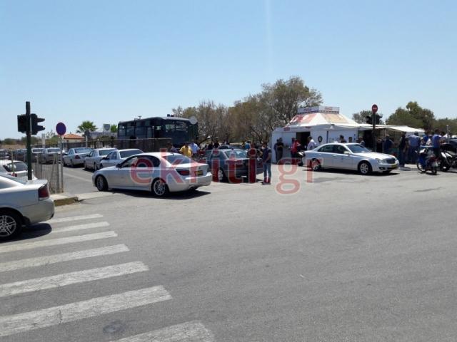 Ηράκλειο: Ένταση στο αεροδρόμιο με «πειρατές» οδηγούς ταξί (pics)   Pagenews.gr