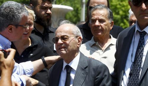 Λύγισε ο Θανάσης Γιαννακόπουλος στο «αντίο» του Παύλου – Έκλαιγε με λυγμούς (pics)   Pagenews.gr