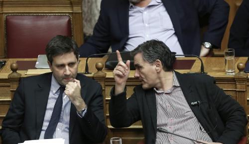 Οι συντάξεις στο μικροσκόπιο των δανειστών: Ραντεβού με τον Τσακαλώτο στο υπουργείο Δικαιοσύνης | Pagenews.gr