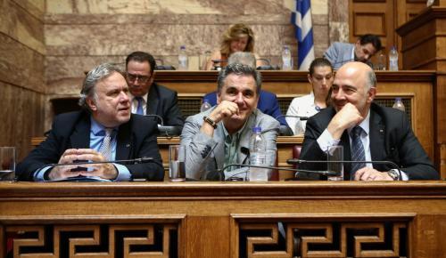 Δεν είναι ψεύτης ο κ. Μοσκοβισί, απλά μας δουλεύει… | Pagenews.gr