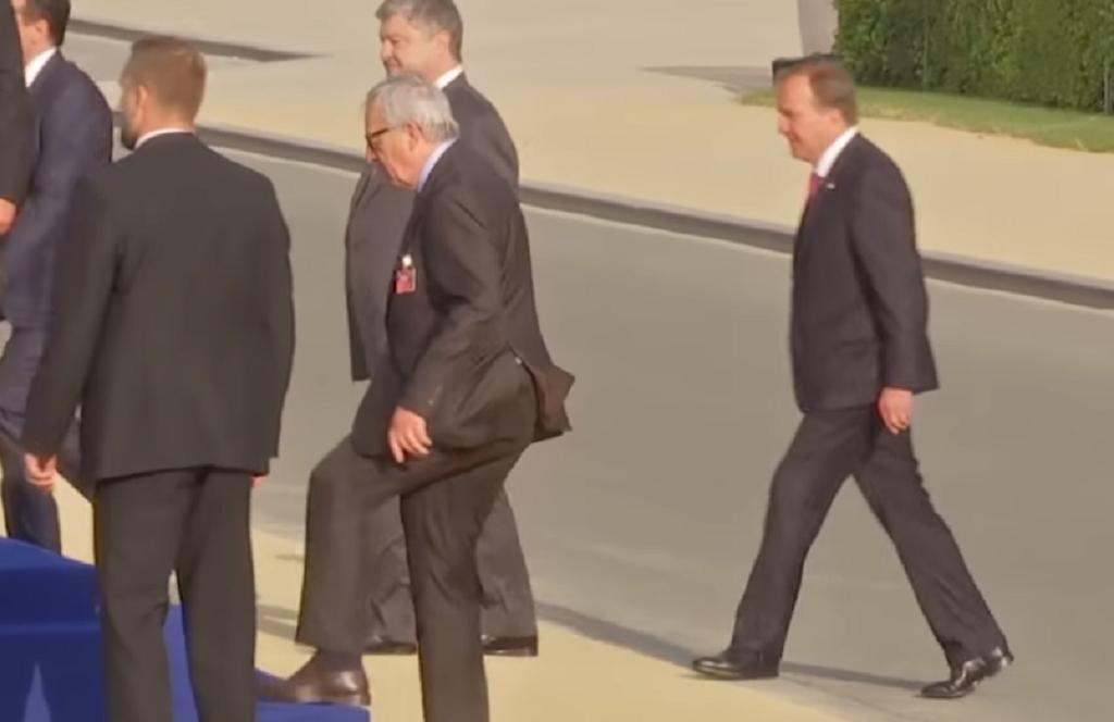 Ο Γιούνκερ απάντησε εάν ήταν μεθυσμένος στη Σύνοδο του ΝΑΤΟ | Pagenews.gr