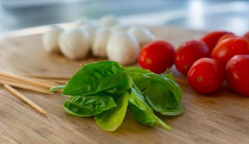 Μεσογειακή διατροφή: Ασπίδα για την υγεία, αλλά και το περιβάλλον | Pagenews.gr