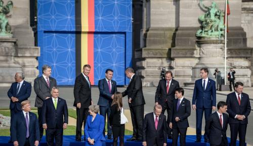 Ζόραν Ζάεφ: Η «Δημοκρατία της Μακεδονίας» μέλος της οικογένειας του ΝΑΤΟ | Pagenews.gr