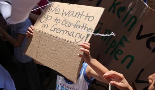 Ζεεχόφερ: Η Ελλάδα έχει την ευθύνη για τους πρόσφυγες – Να μείνουν εκεί | Pagenews.gr