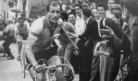 Gino Bartali: Ο Ιταλός ήρωας ποδηλάτης που τιμά με doodle η Google | Pagenews.gr