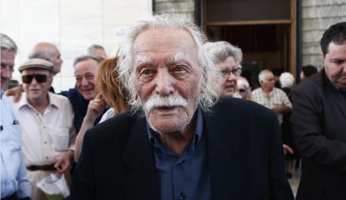 Μανώλης Γλέζος: Επιστολή στον Μαδούρο για τους Έλληνες στρατιωτικούς | Pagenews.gr