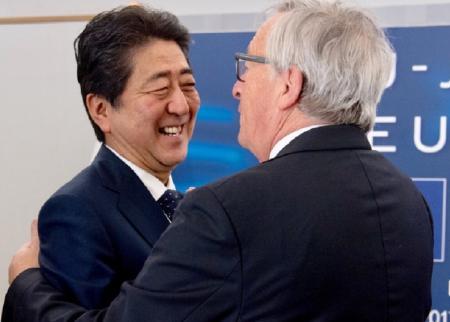 «Ιστορική» συμφωνία ελεύθερου εμπορίου μεταξύ ΕΕ και Ιαπωνίας | Pagenews.gr
