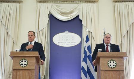 Απελάσεις Ρώσων: Η Αθήνα απαντά στην Ρωσία – Να σταματήσει η συνεχής ασέβεια προς την Ελλάδα | Pagenews.gr