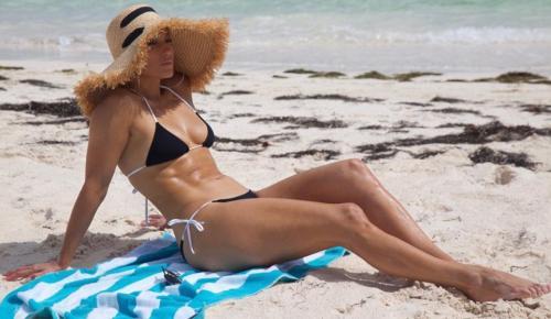 Η Τζένιφερ Λόπεζ έκανε εντυπωσιακή εμφάνιση στις Μπαχάμες (pics) | Pagenews.gr