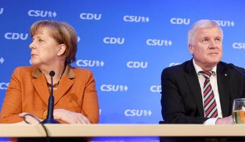 Γερμανία: Καταρρέει η κυβέρνηση Μέρκελ με φόντο το προσφυγικό   Pagenews.gr