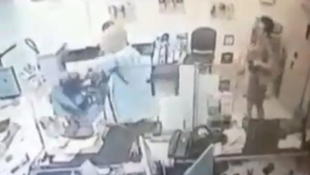 Βίντεο ντοκουμέντο από τη ληστεία στο Αττικό Νοσοκομείο   Pagenews.gr