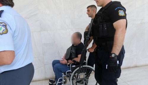 Διακόπηκε η δίκη για την έκδοση του Σουσανασβίλι (pics) | Pagenews.gr