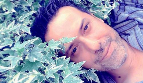 Γιάννης Σπανόπουλος: «Λατρεύω την αρχαία Ελλάδα και την ιστορία μας» | Pagenews.gr