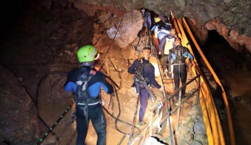 Ταϊλάνδη διάσωση: Ξεκίνησε η β' φάση της επιχείρησης (LIVE) | Pagenews.gr